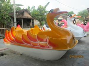 sepeda air fiberglass murah