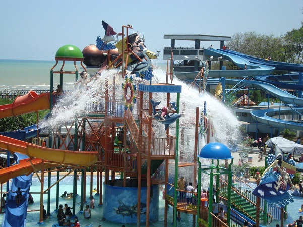 Kontraktor & Biaya Pembuatan Waterboom, Waterpark & Ember Tumpah di Jambi