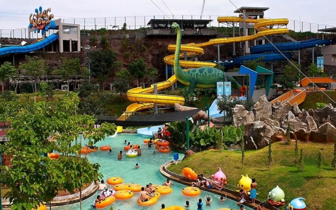 usaha waterpark fiberglass