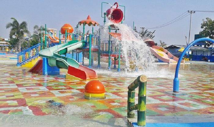 RAB Pembuatan Waterboom Mini yang Murah (kontraktor-waterpark.com)